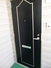ロビーナ目黒_玄関のドア