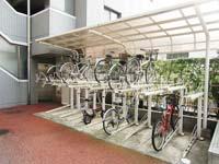 プリヴェール目黒行人坂_自転車置場(左側)