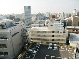 プリヴェール目黒行人坂_洋室の窓からの景色