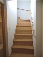 ファインクレスト上目黒_室内階段
