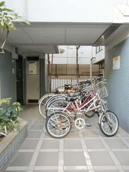 コンフォート中目黒_自転車置場