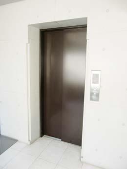 LUKE_エレベーター