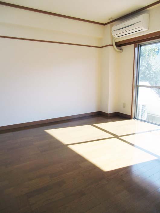 宮川マンション_洋室