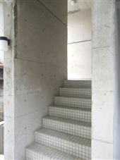 学大ハイツ_共用階段