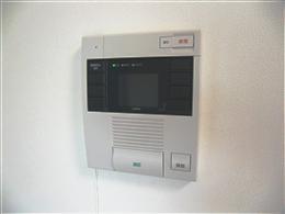 ブランシック白金台_カラーモニター付インターホン(受信側)