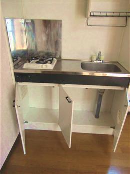 エスポワール目黒_キッチンの収納(開放状態)